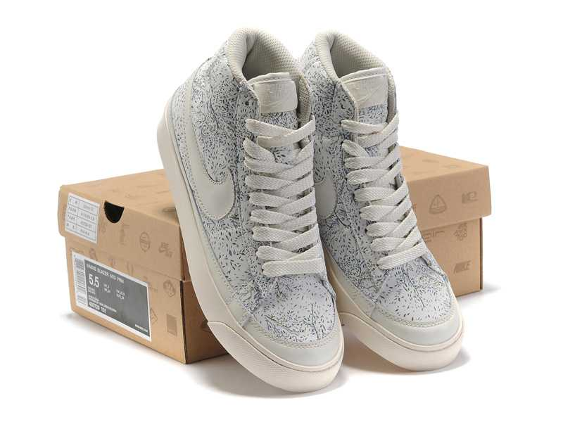 Nike Nike High Baskets Blazer Baskets High Femme Blazer qSYt8dY